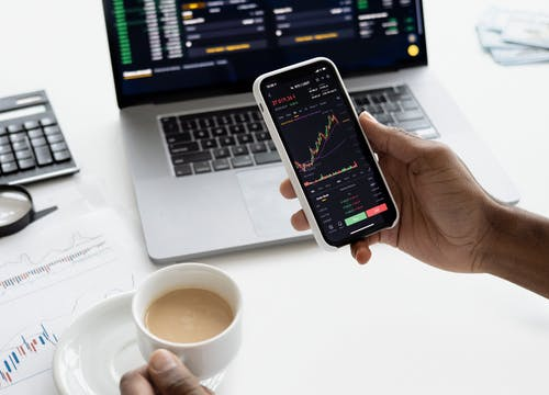 5 Top Factors That Impact Trading Risk